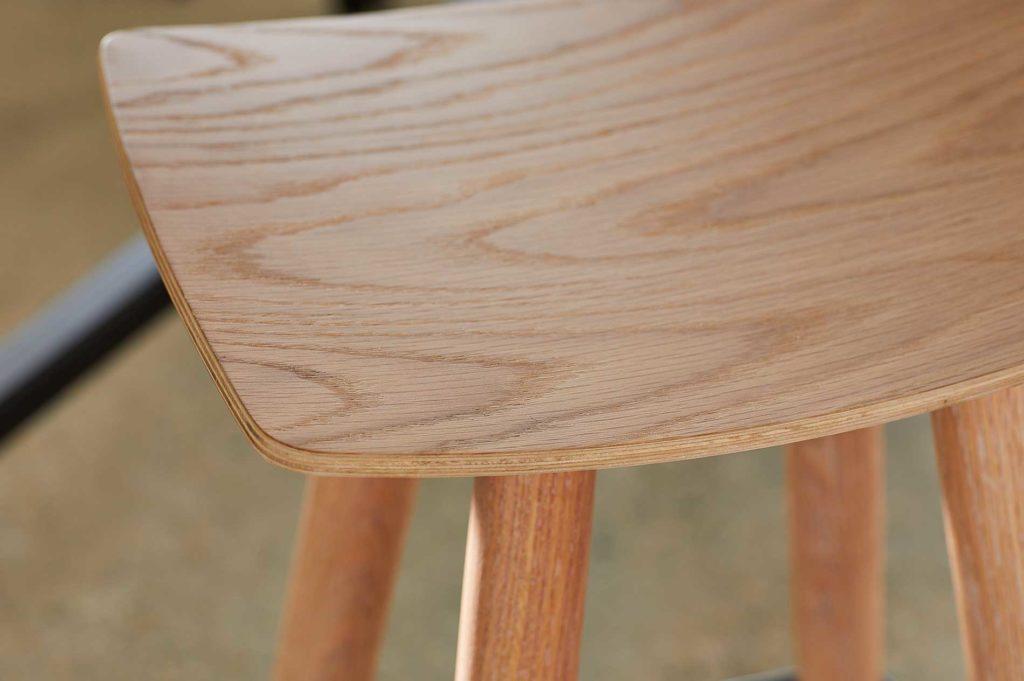 omena-stool-oak