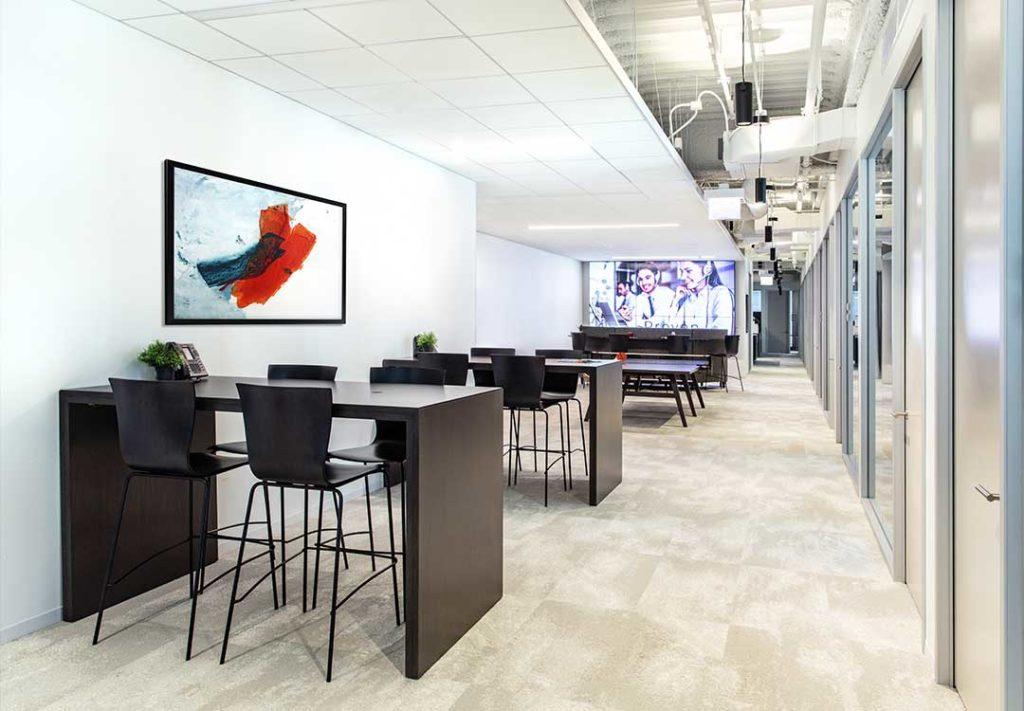 Patisserie Casual Meeting Space